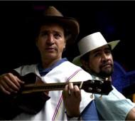 JUGUETES CANTADOS Ricardo Vélez y Luis Miguel Hurtado